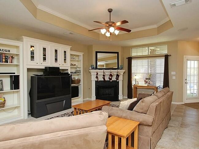 Choosing best rated ceiling fan with light and remote Living room ceiling fan ideas