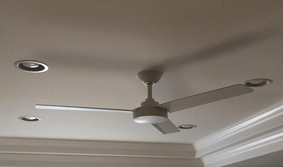 best 52 inch ceiling fan with light and remote