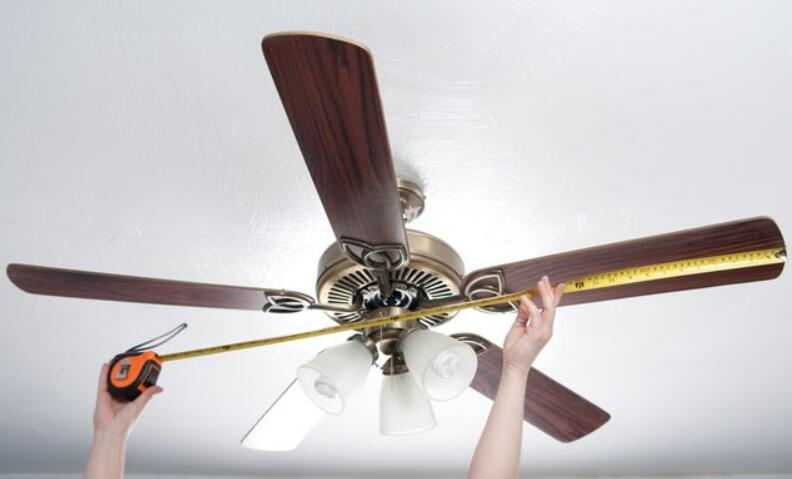 what is the right size ceiling fan for a room